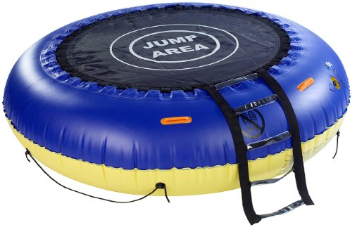 trampolin f r wasser und garten knallrotes gummiboot. Black Bedroom Furniture Sets. Home Design Ideas